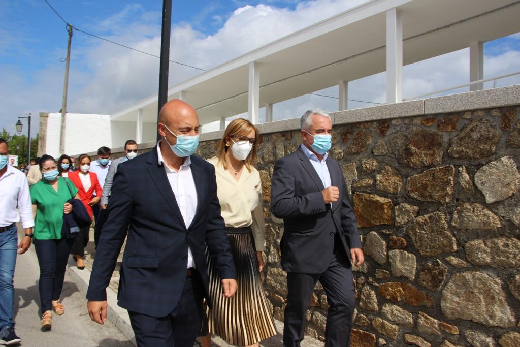 Câmara e Junta Inauguram Alargamento do Cemitério de Beiriz
