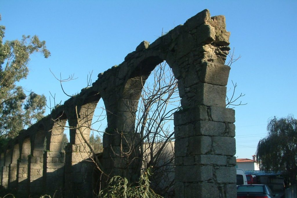 Aqueduto de Santa Clara é Para Recuperar em Argivai