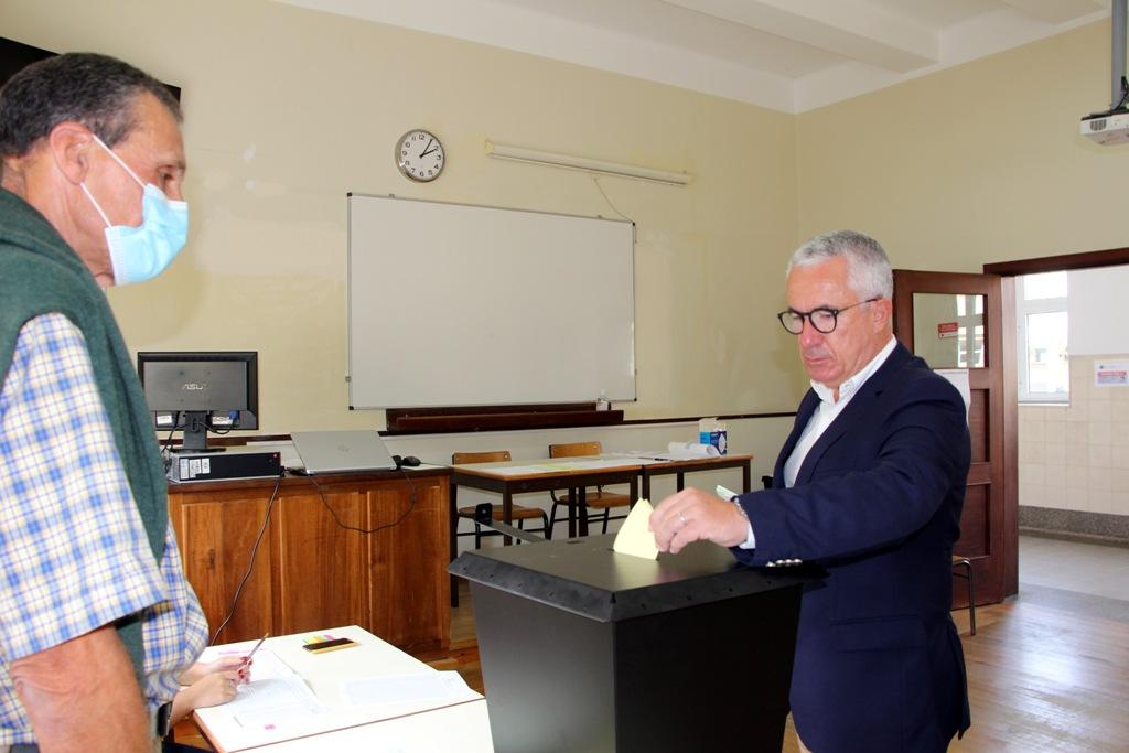 Aires Pereira Votou ao Início da Tarde