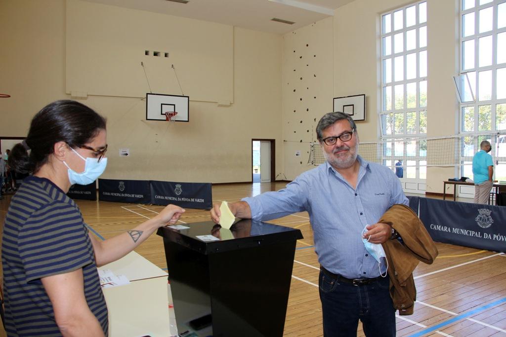 Artur Castelo Branco Votou ao Meio-Dia