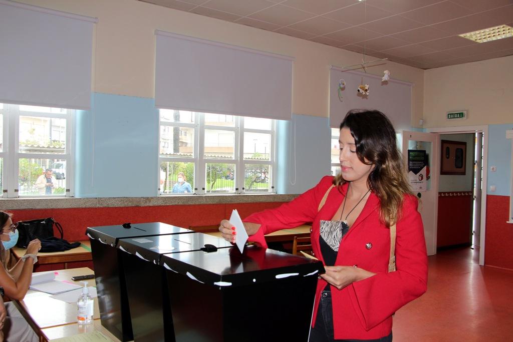 Diana Vianez Votou nas Caxinas