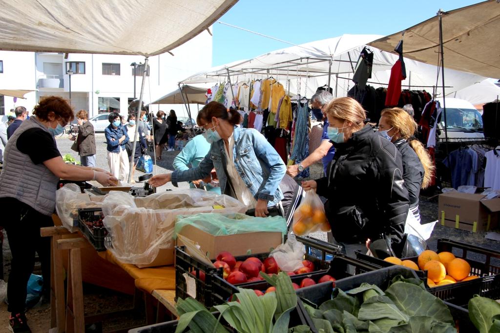 Feiras e Mercado Municipal Regressam no fim-de-semana até às 13 Horas