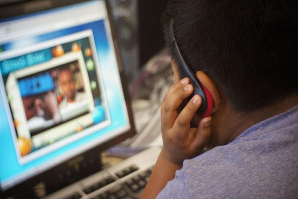 """Sessão para Pais """"Dependências Online nas Crianças e Jovens"""""""