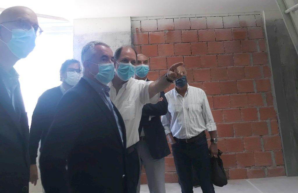 "Edifício da Cooperativa ""A Filantrópica"" recebe visita do Presidente da Câmara"