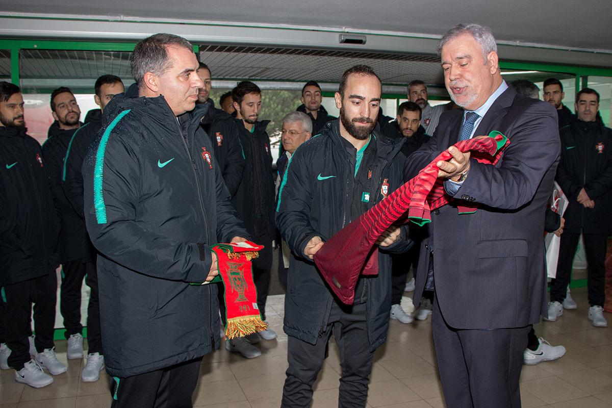 Selecção Nacional de Futsal Levou Alegria aos Utentes do MAPADI