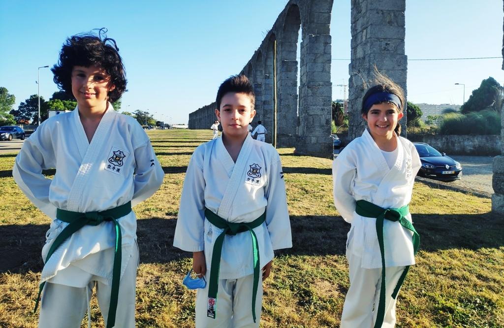 Atletas do Ginásio Clube Vilacondense no Pódio Internacional de Karaté