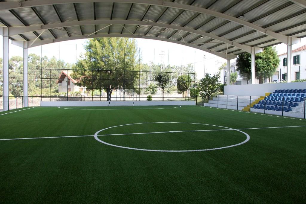 Parque Desportivo de Mosteiró Recebeu Novo Pavimento