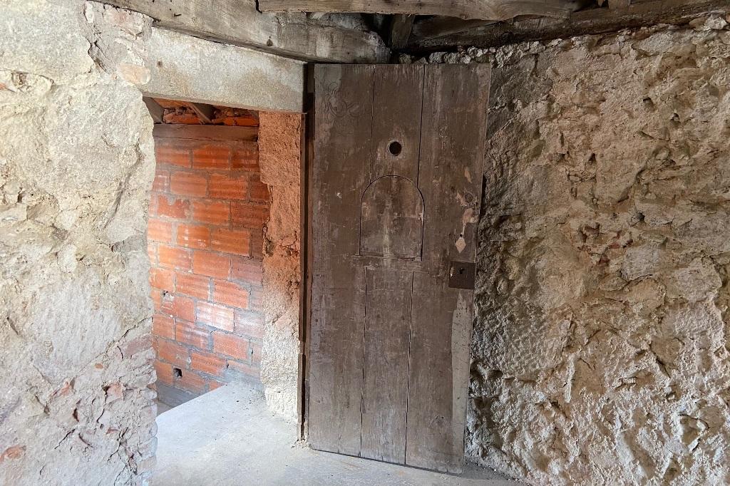 Portas das Celas do Mosteiro de Santa Clara Recuperadas