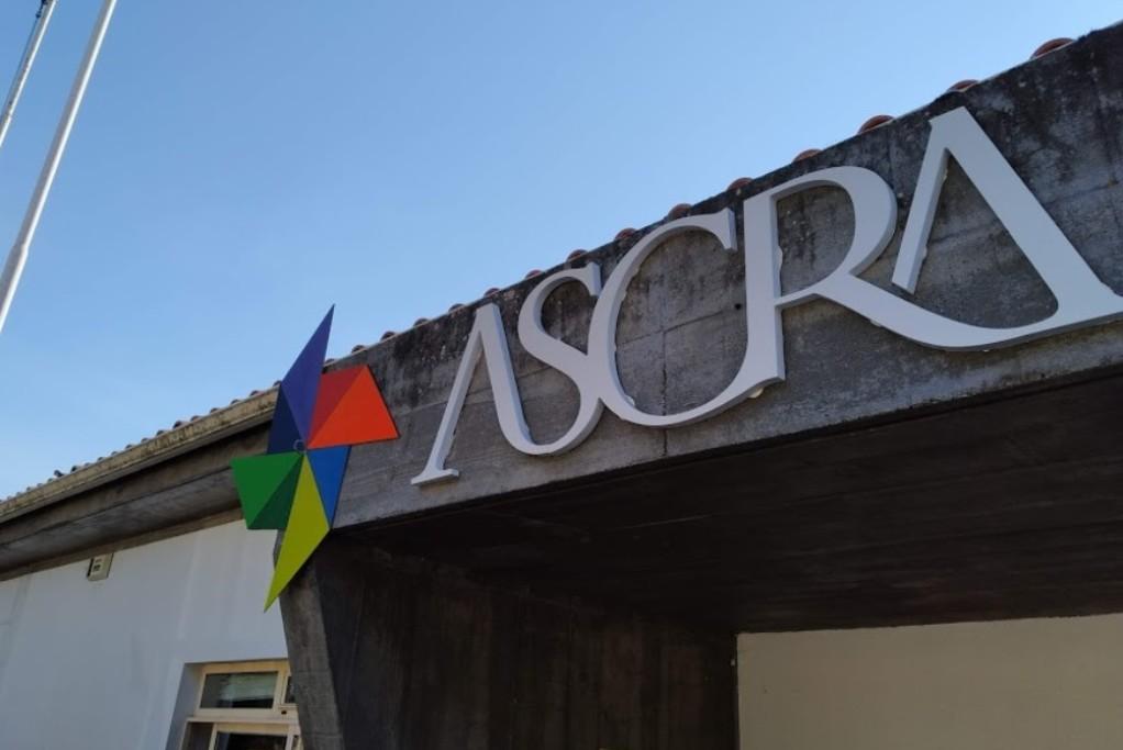 Município garante medicamentos a crianças e jovens do ASCRA de Apúlia