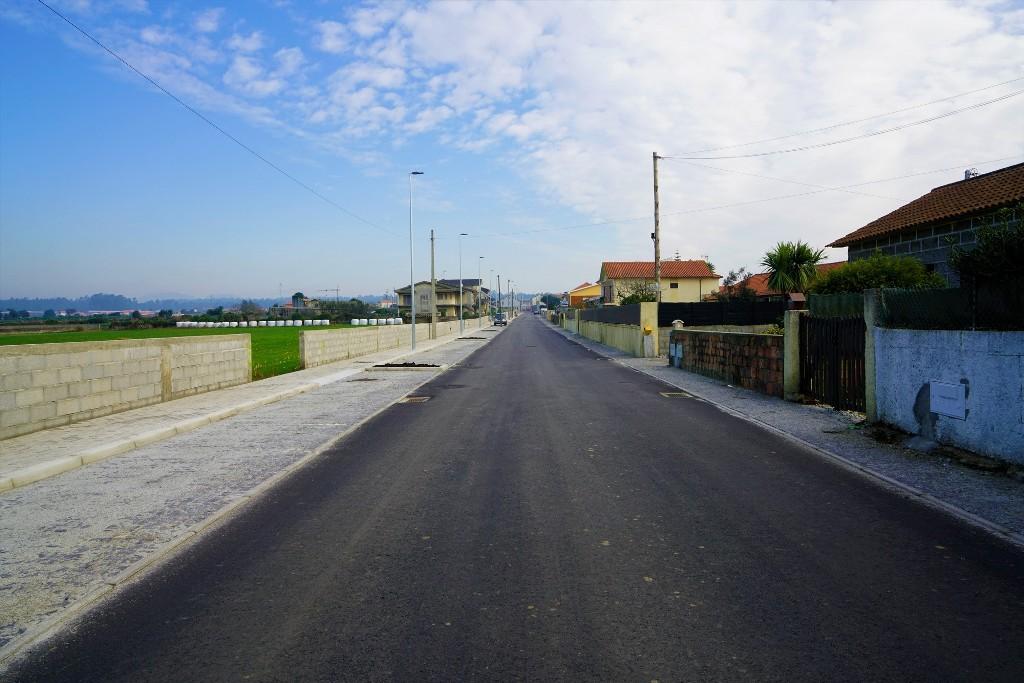 Obas de Beneficiação da Avenida de S. Martinho em Gandra Vão ser Concluídas