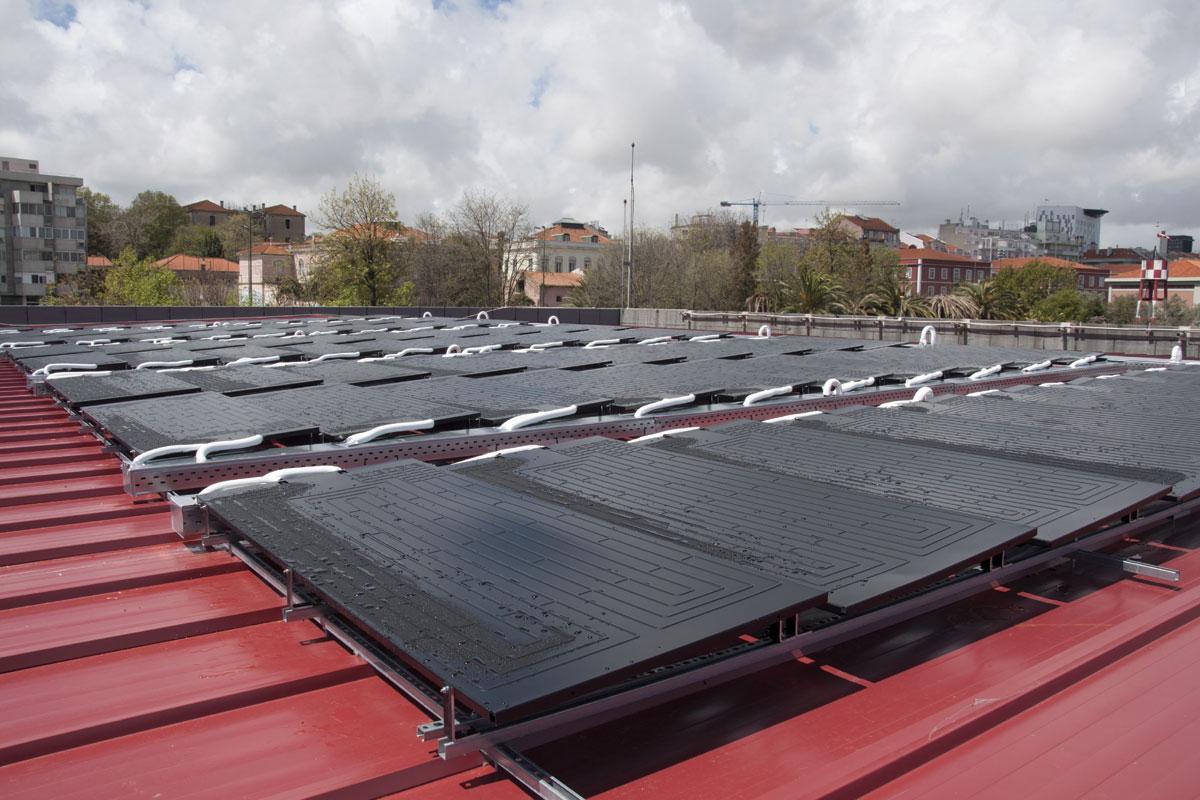 A Melhoria do Conforto das Habitações Faz Crescer a Procura de Painéis Solares