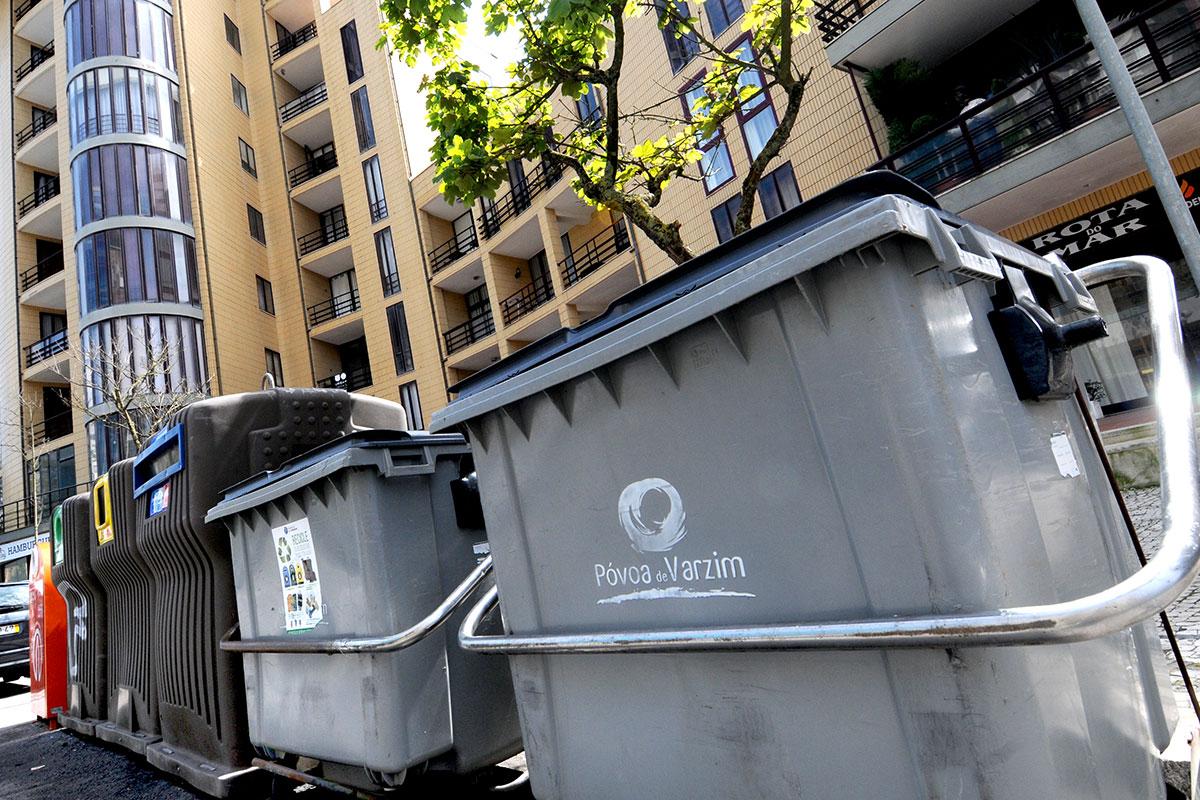 Os Funcionários da limpeza Urbana Tiveram uma Doce Surpresa