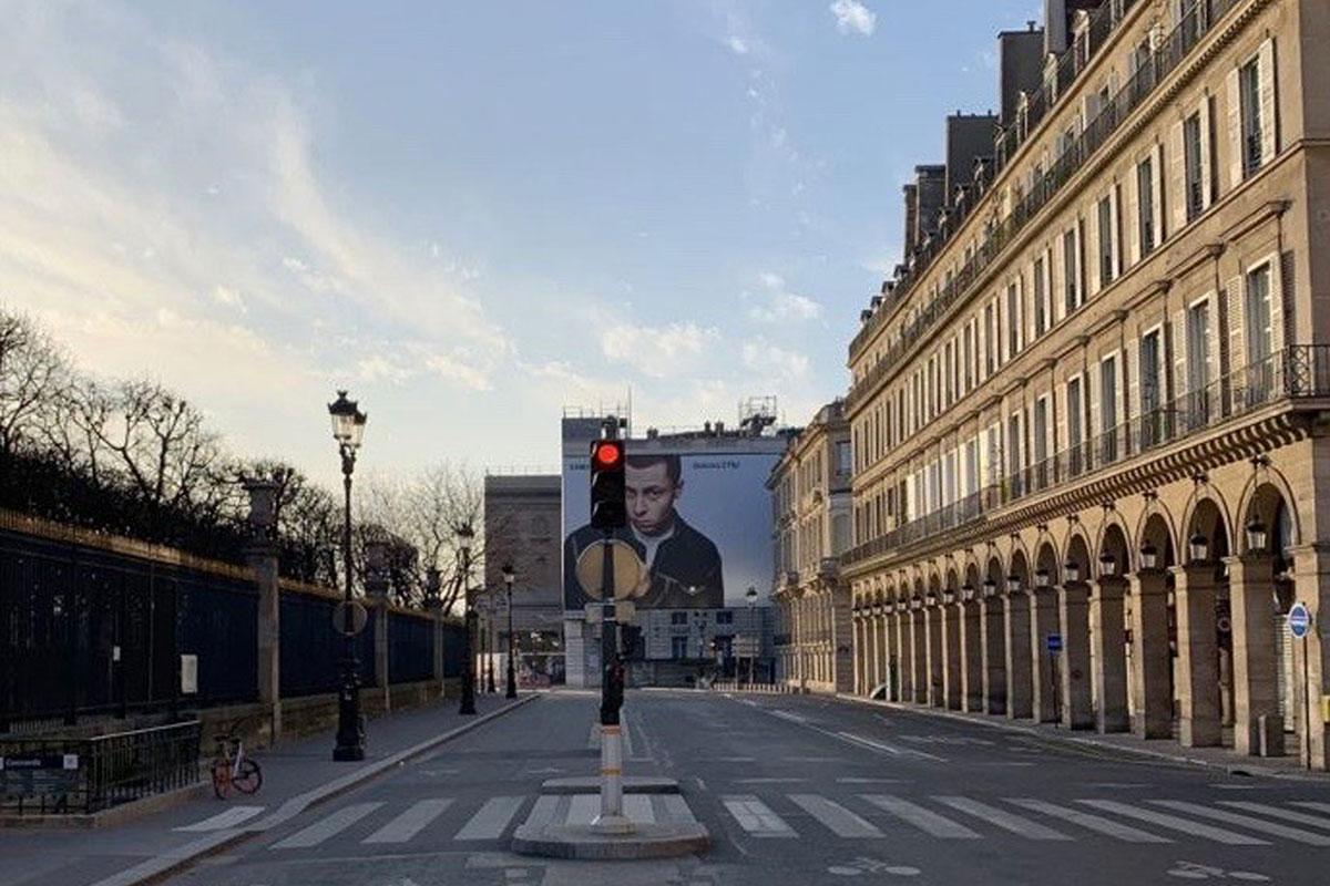 O Isolamento Também se Vive em Paris