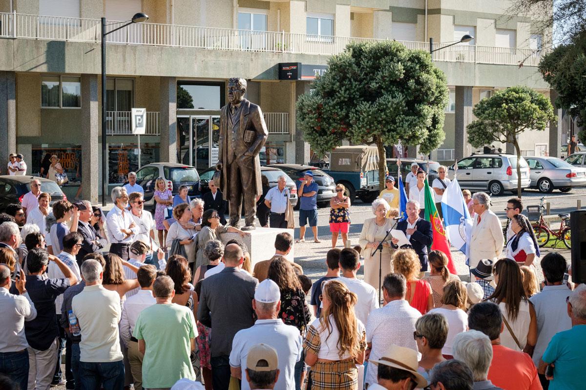 Monumento a António dos Santos Graça Póvoa de Varzim