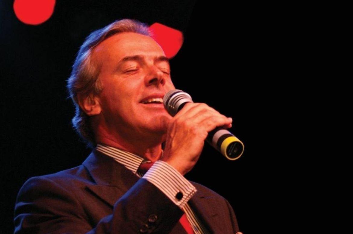 António Pinto Basto no Lounge D do Casino Estoril