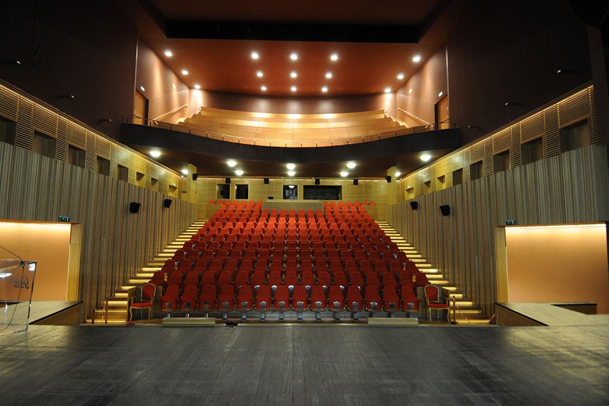 Os Dias Intimistas do Cine-Teatro Garrett