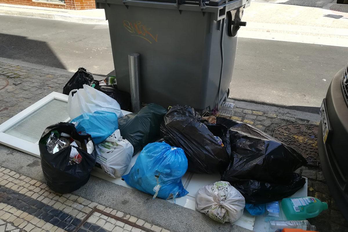 401/001-Lixo.jpg