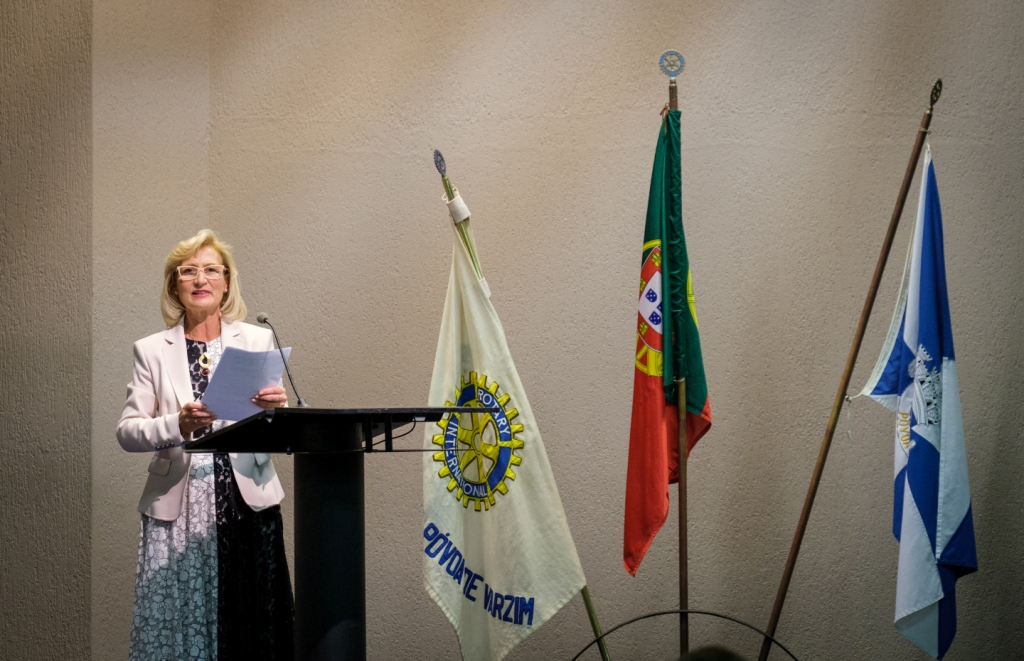 Teresa Castro Lopes Tomou Posse no Rotary Club da Póvoa