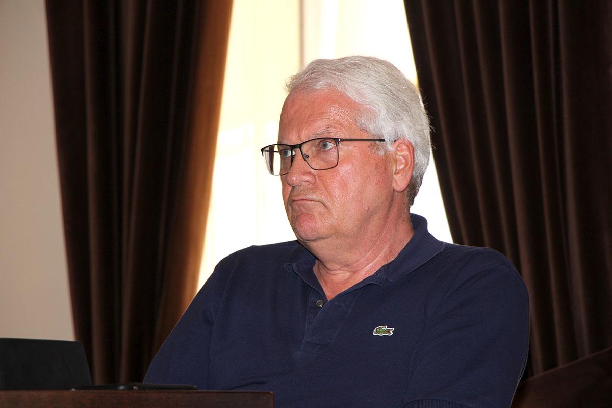 Vereadores do PS Aprovam Adjudicação de Obras e Apoios do Executivo
