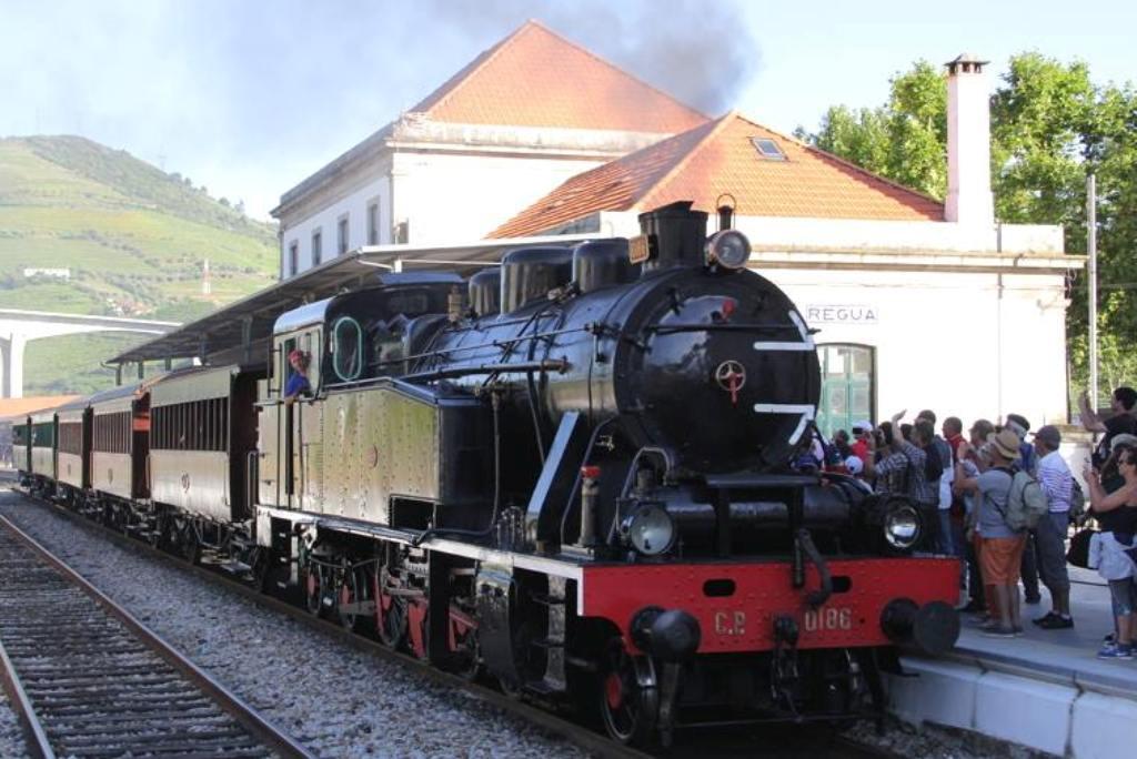 Da Saudade Regressa o Comboio Histórico à Linha do Douro