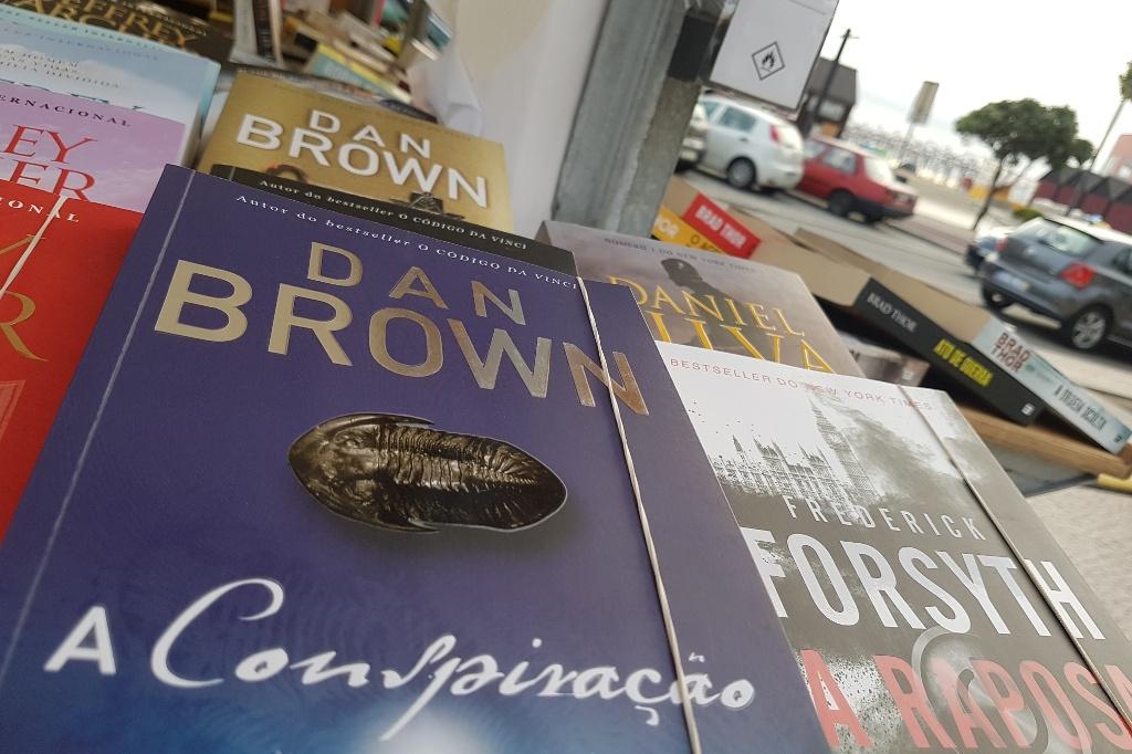 Os Livros Foram à Feira e o Passeio Ficou Alegre