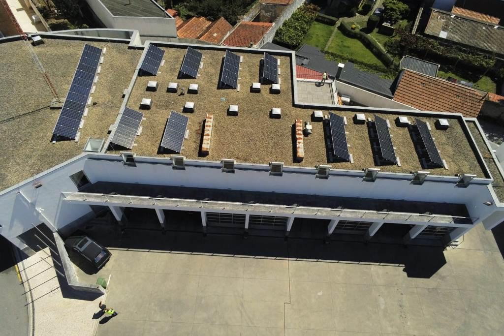Bombeiros da Póvoa Instalam Energia Solar na Cobertura do Quartel