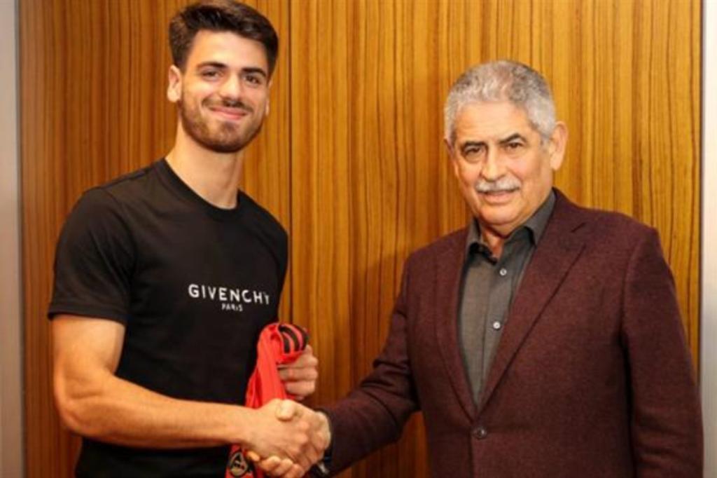 João Ferreira Natural de Balasar Renova Pelo Benfica