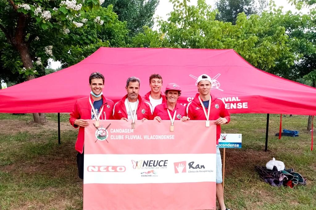 Canoístas do CFV Arrecadam Quatro Títulos no Nacional de Maratona