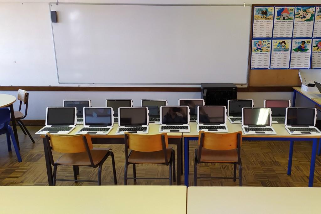 Habilitação de Professores do 1.º Ciclo em Tecnologias de Informação e Comunicação