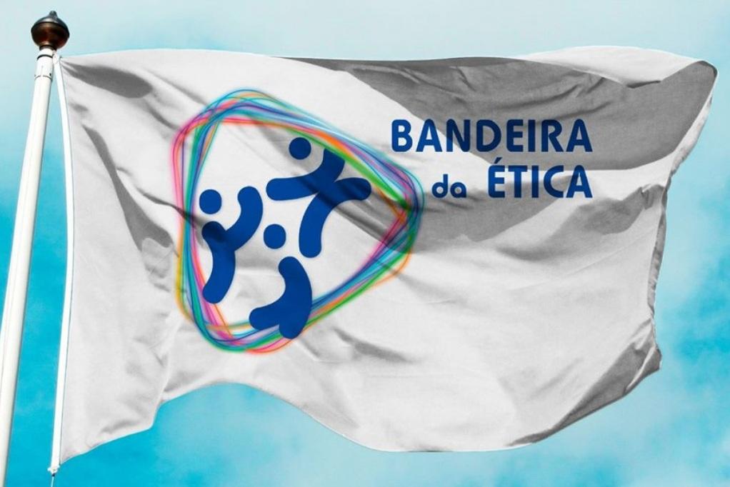 Bandeira da Ética para o Póvoa Futsal