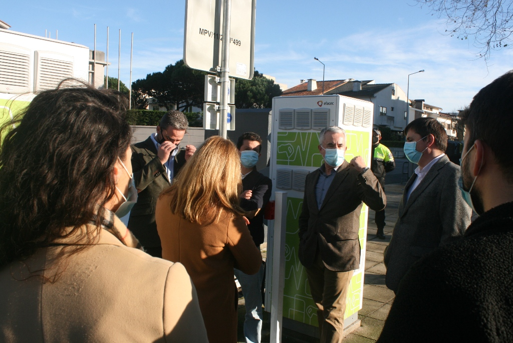 Já Pode Carregar o Seu Veículo no Posto eléctrico da Praça Luís de Camões