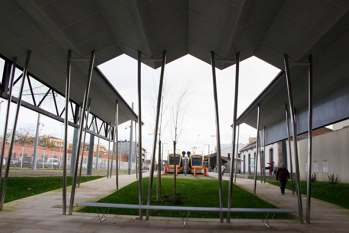 Novos Edifícios Para Atendimento Municipal e Coordenação de Transportes