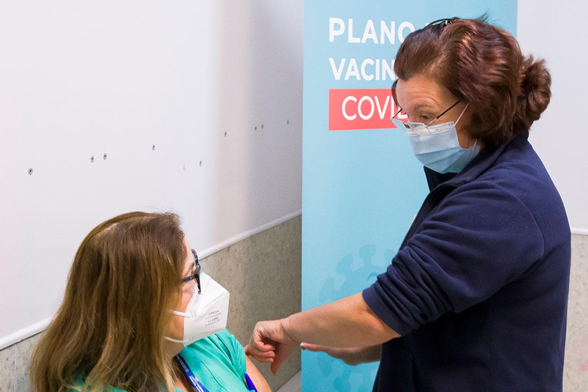 Iniciou a Vacinação no Centro Hospitalar