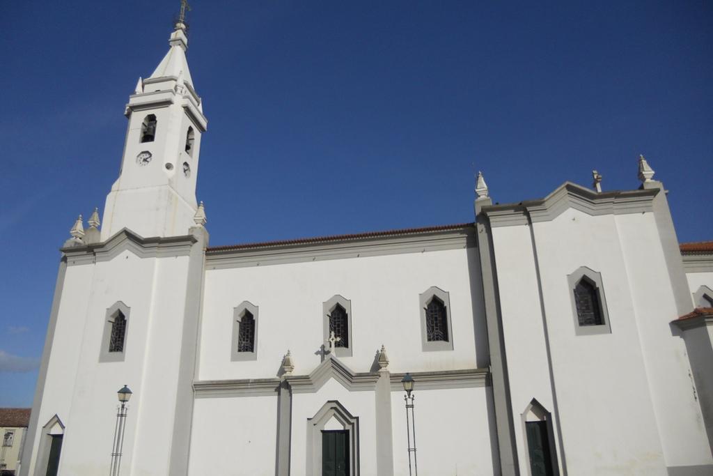 692/Agucadoura_Igreja.jpg
