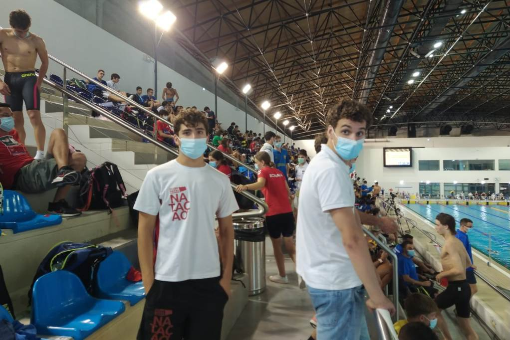 Clube Naval Povoense Termina Época nas Piscinas do Jamor