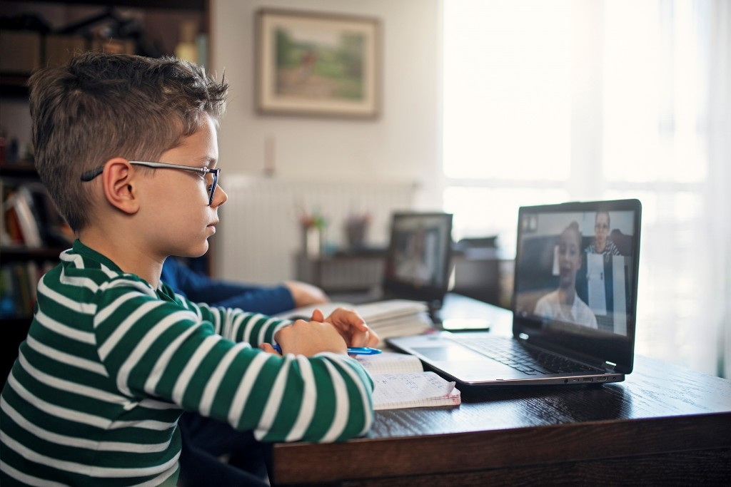 Município disponibiliza 426 computadores e acesso à internet