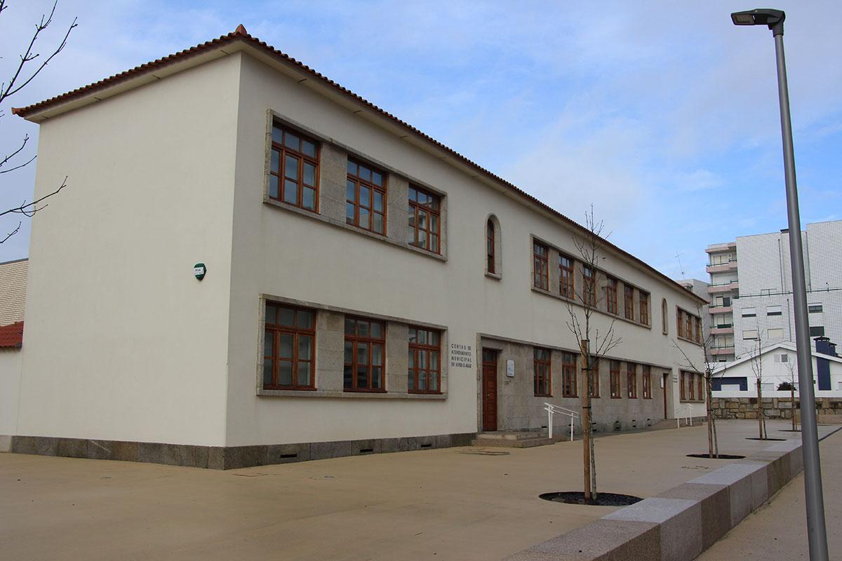 Vacinação Contra a Covid-19 na Escola do Cruzeiro em Aver-o-Mar