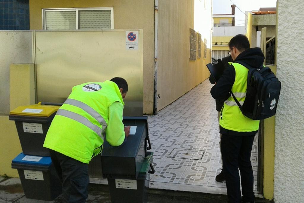 Recola Seletiva Porta-a-Porta alargada à Vila de Aver-o-Mar