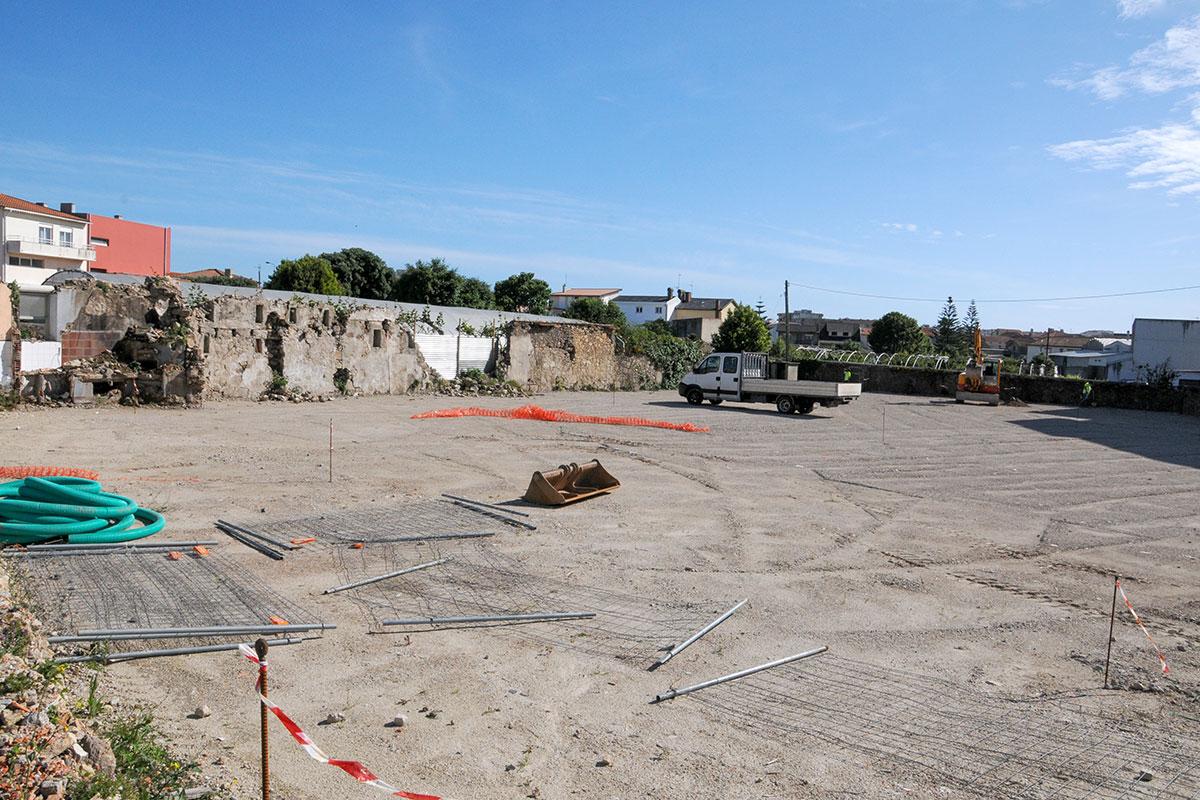 Arrancaram as Obras do Parque de Estacionamento de Aver-o-Mar