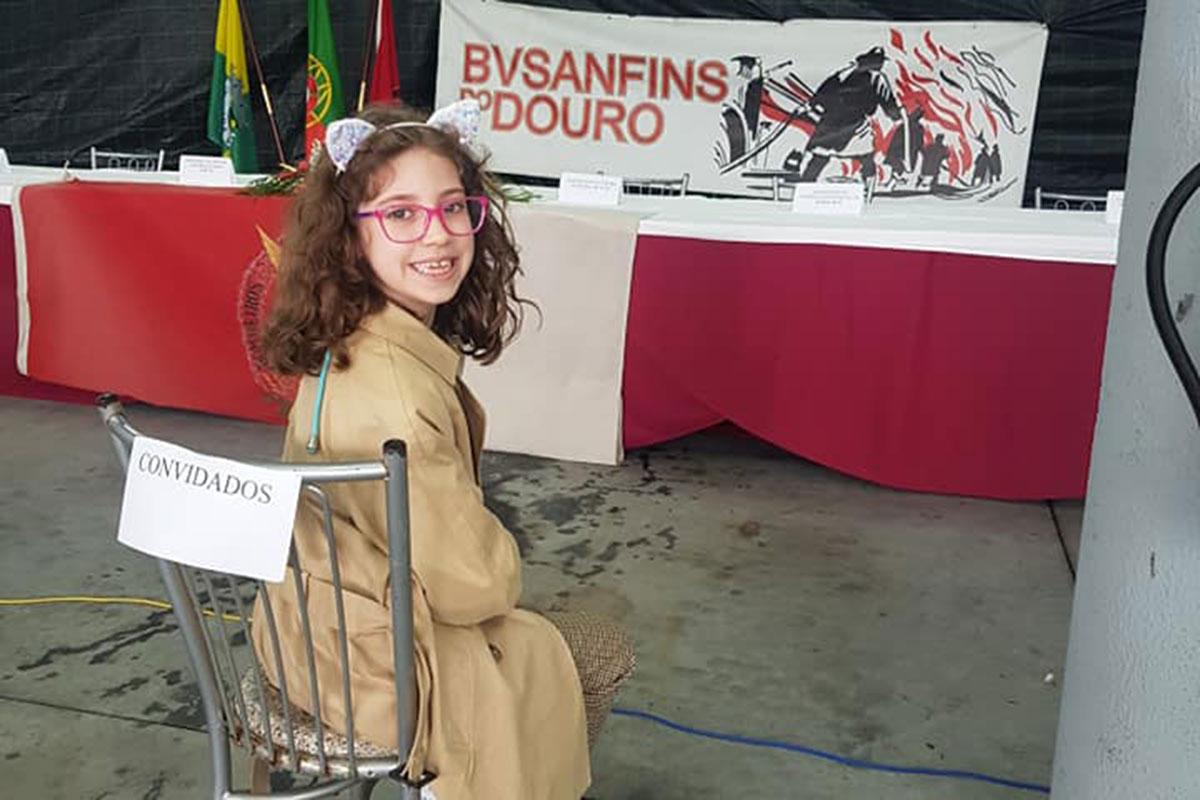Empreendedora Social Poveira de Apenas 8 Anos Agraciada no Douro