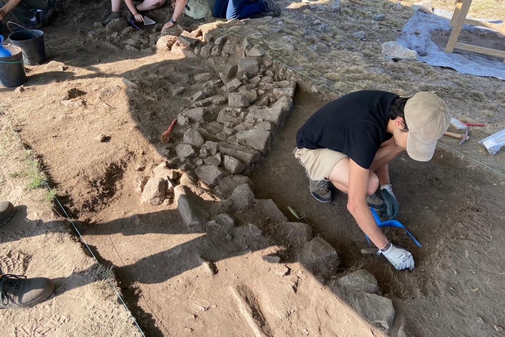 Gabinete de Arqueologia Promove Escavações na Cividade de Bagunte