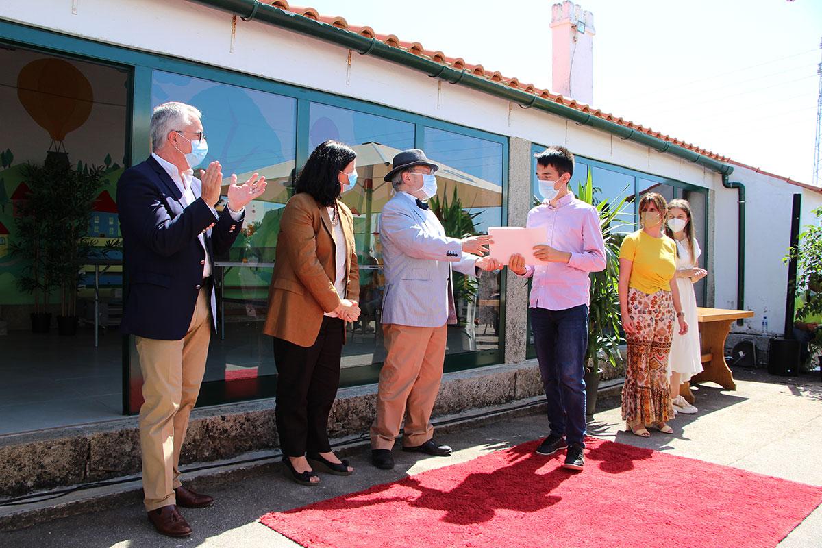 Secretária de Estado Presenciou Mérito escolar de jovens da Casa do Regaço