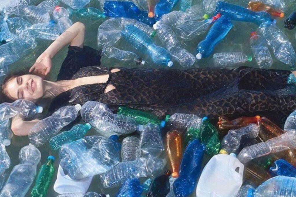 """""""Há Rio e Mar, Há Lixo para Transformar"""" na Praia dos Beijinhos"""