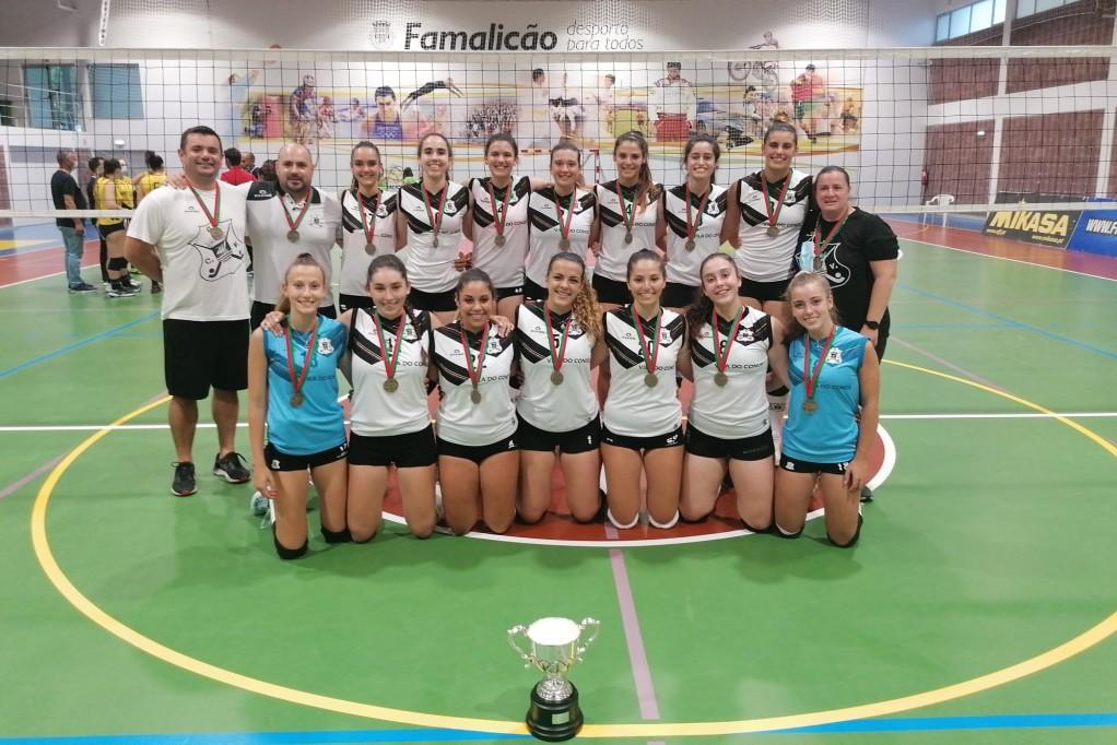O Voleibol Feminino Sub21 do Ginásio Clube Vilacondense é Campeão