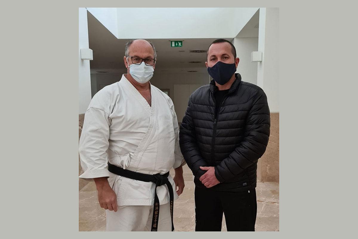 920/Karate_-vila_003.jpg