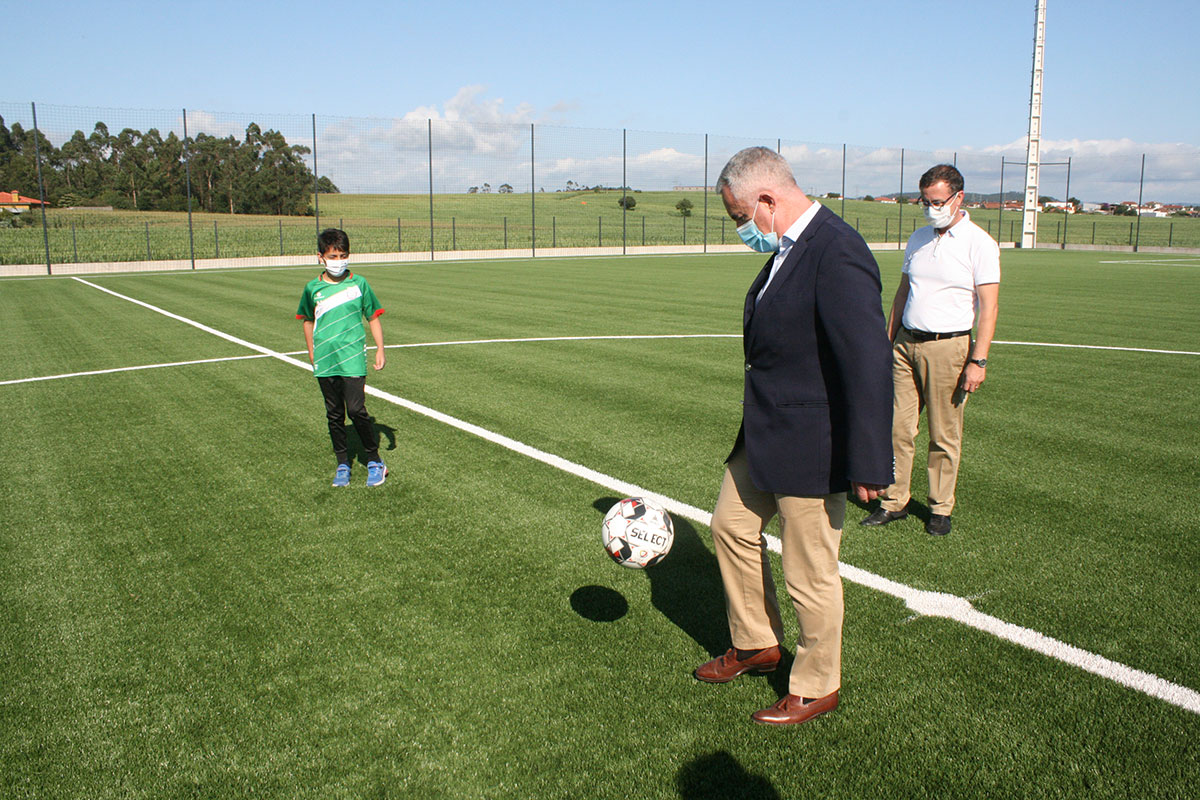 Limarinho é Nome de Campo de Futebol em São Pedro de Rates