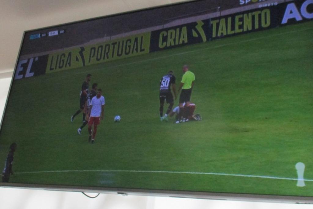 Arbitragem Empata Varzim em Coimbra