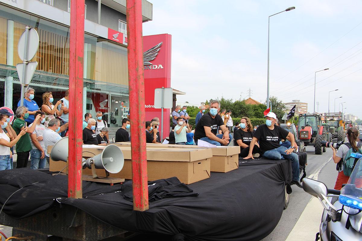 APROLEP Em protesto na Trofa Pelo Futuro do Sector Leiteiro